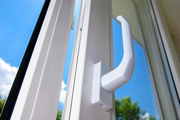 Spezialreiniger Kunststoff-Fensterrahmen