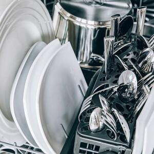 Geschirr-Reinigung & Spülmittel